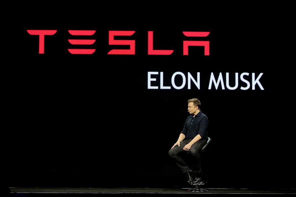 Elon Musk wezwał część dostawców do zwrotu części wpłaconych pieniędzy
