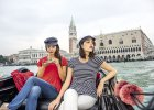 Lidl wprowadza ubrania inspirowane Wenecją. A szczegóły? Dżinsy za 39 zł, bluzki za 33 zł, a swetry za 44,99
