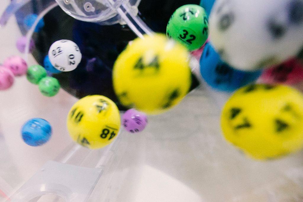 Uczestnik loterii stracił milion, bo nie zgłosił się po odbiór nagrody (zdjęcie ilustracyjne)
