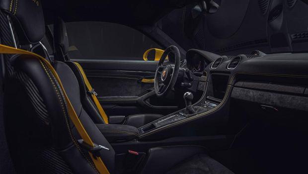 Porsche 718 Spyder i Cayman GT4