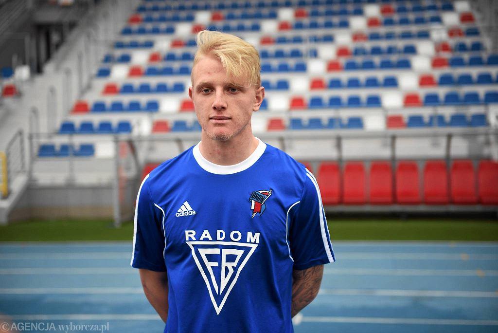 Dominic Szyszka nie jest już piłkarzem Broni Radom