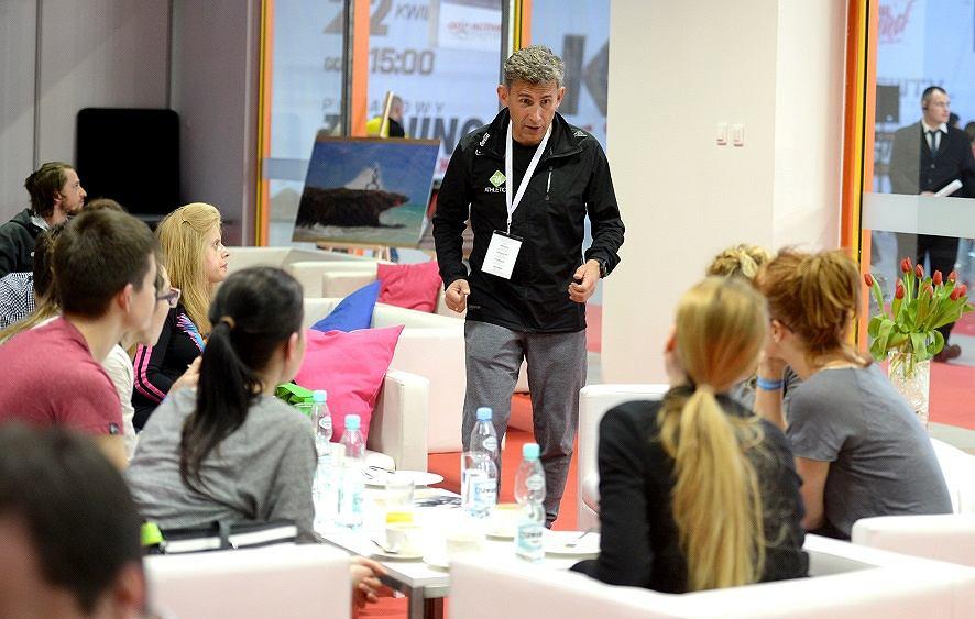 Robert Korzeniowski podczas lunchu ze zwycięzcami konkursu