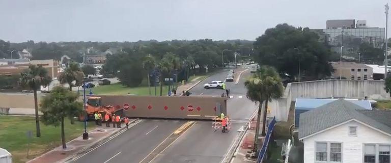 Nowy Orlean szykuje się na sztorm. Barry nadciąga nad Luizjanę