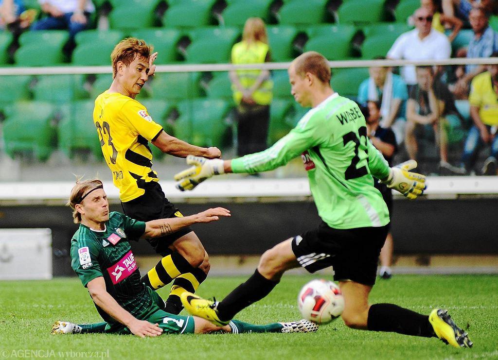 Towarzyski mecz Śląsk - Borussia. Z prawej Jakub Wrąbel