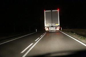 Duży problem z ciężarówkami. Nie spełniają norm w zakresie oznakowania
