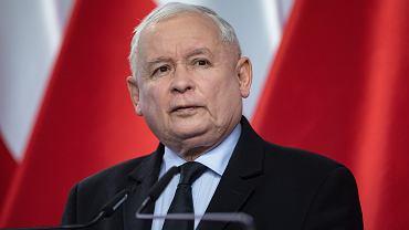 Kaczyński zapowiada, że rząd nie wycofa się z podatku medialnego