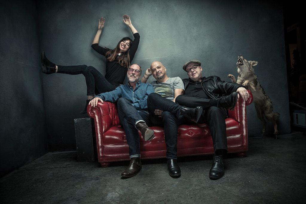 Pixies w 2016 r.: Paz Lenchantin, David Lovering, Joey Santiago oraz Black Francis