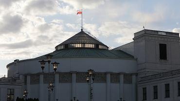 Sejm inwestuje w obronę przeciw terrorystom. Powstanie m.in. budynek do kontroli biochemicznej za milion zł