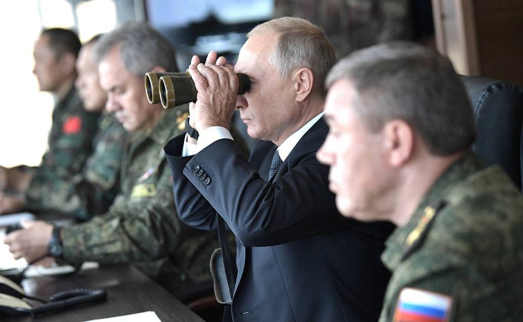 Władimir Putin podczas manewrów Wostok 2018