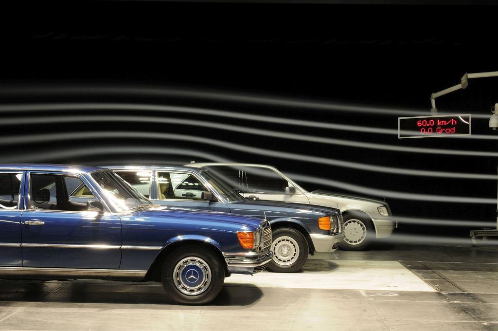 Mercedesy klasy S tunelu aerodynamicznym