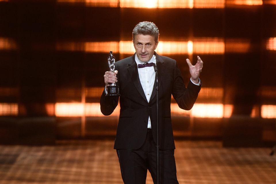 Reżyser Paweł Pawlikowski z Europejską Nagrodą Filmową za 'Zimną wojnę' podczas gali w Sewilli, 15 grudnia 2018