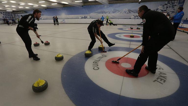 Mariusz Olchowik jest nowym prezesem Polskiego Związku Curlingu / Zdjęcie ilustracyjne