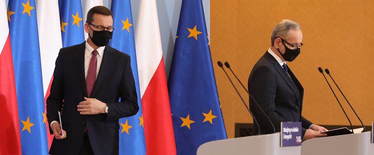 Trzecia fala i ostry lockdown? Scenariusz rozwoju epidemii w Polsce