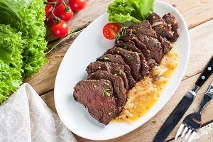 Ligawa wołowa - jak ją przyrządzić? Dwa przepisy na dania na obiad