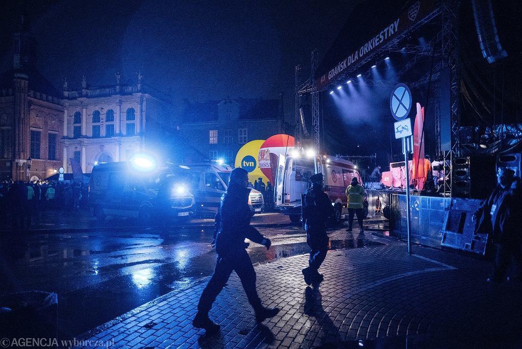 Atak na Pawła Adamowicza. Skąd Stefan W. miał plakietkę 'Media'? Nie było go na liście dziennikarzy