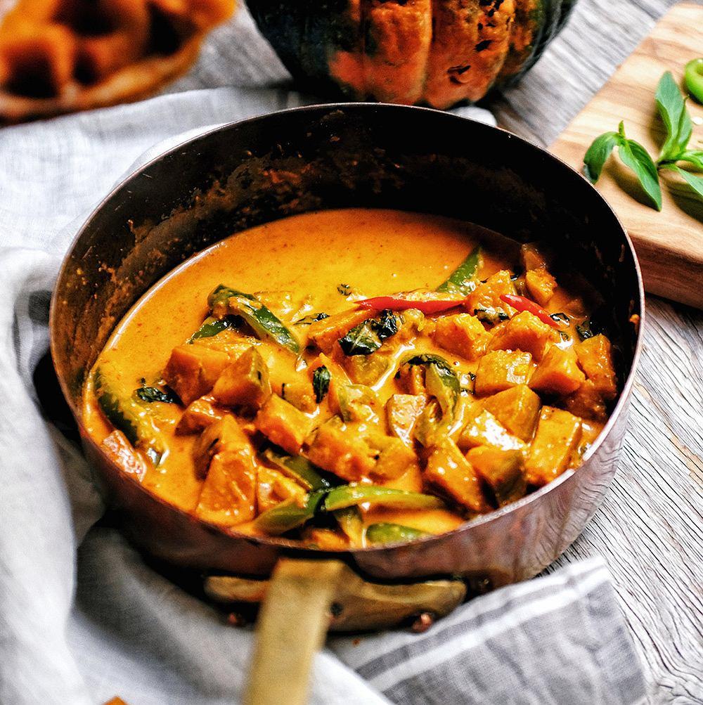 Dynia w mleku kokosowym i curry