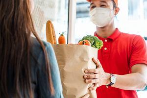 Ubrania - tak, pomidory - nie. Dlaczego nie pokochaliśmy zakupów spożywczych przez internet