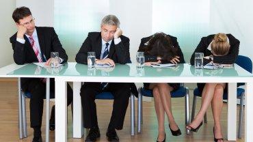 Komisja rekrutacyjna traktuje cię bez szacunku? Powinna zapalić ci się czerwona lampka