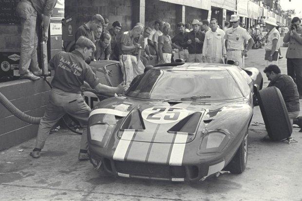 Ford GT40 Mark II