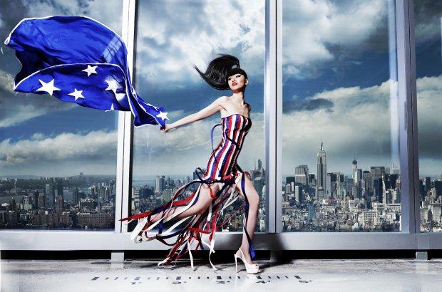 Jessica Minh Anh - pokaz w One World Trade Center, 2014 r.