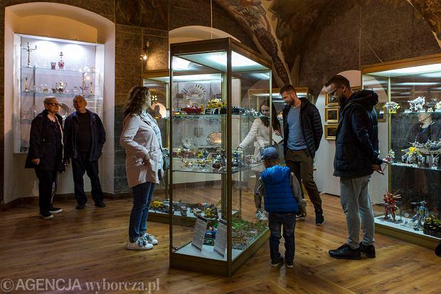 Zdjęcie numer 0 w galerii - Noc Muzeów w Rzeszowie. Tłumy rzeszowian na wystawach [GALERIA ZDJĘĆ]