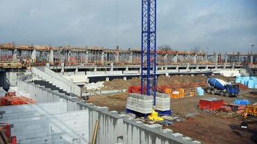 Plac budowy stadionu w Tychach (stan na kwiecień 2014)