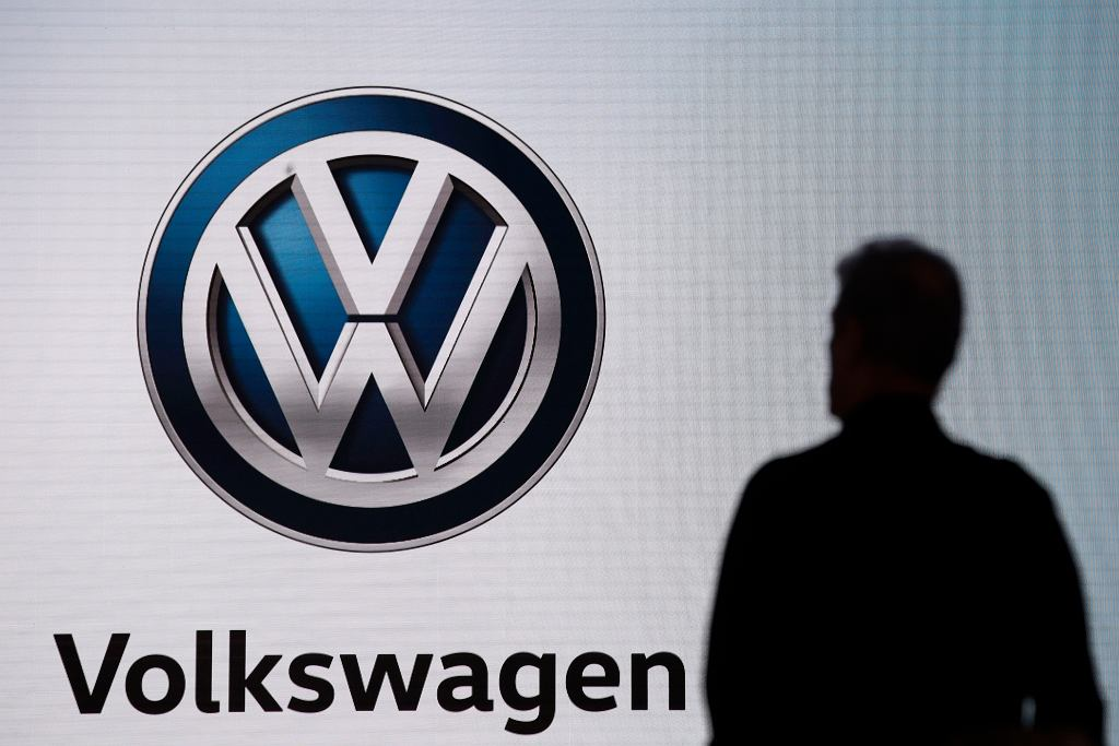 Germany Volkswagen Suit