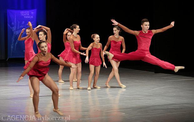 Zdjęcie numer 26 w galerii - Cheerleaderki rywalizują w Kielcach. Bo taniec nie jedną ma twarz [ZDJĘCIA]