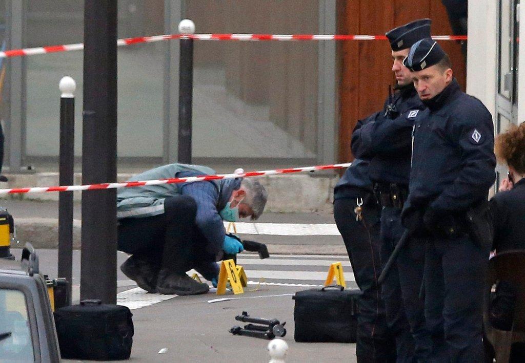 Atak terrorystyczny na redakcję pisma