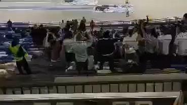 Kibice Legii na stadionie w Neapolu