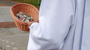 Proboszcz Parafii w Chobienicach wyjawił, ile zebrał podczas kolędy 2020 (zdjęcie ilustracyjne)