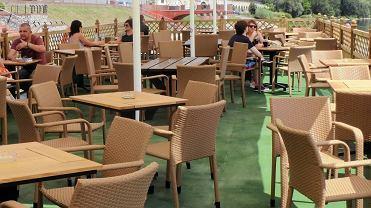 Ogródki restauracyjne otwarte od połowy maja. W Gorzowie można taki stworzyć za symboliczną opłatą