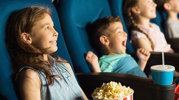 Filmy komediowe bawią wszystkich, niezależnie od wieku. Zdjęcie ilustracyjne, Zoriana Zaitseva/shutterstock.com