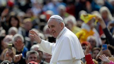Zmiany w modlitwie 'Ojcze nasz'. Papież Franciszek wyjaśnił, z czego one wynikają