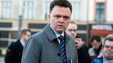 Kandydat na prezydenta RP Szymon Hołownia na kampanijnym szlaku. Agituje w Katowicach, 18 lutego 2020