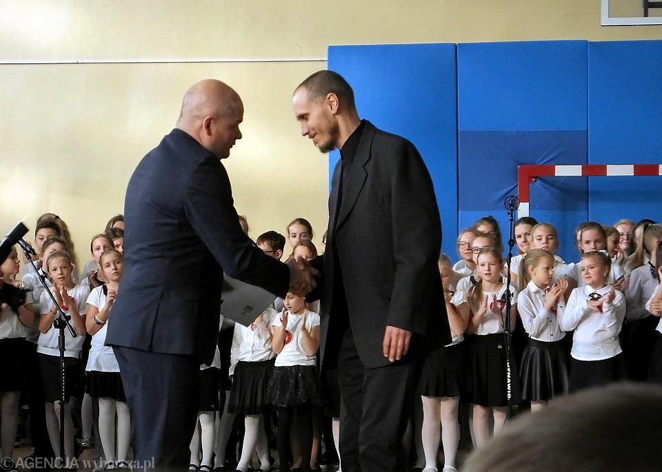 Zdjęcie numer 37 w galerii - Sto lat dla Szkoły Podstawowej nr 21! I Gratulacje z okazji przyznania patrona [FOTO]