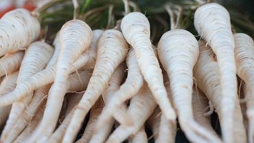 Cena pietruszki jest obecnie wyższa nawet od ceny szparagów
