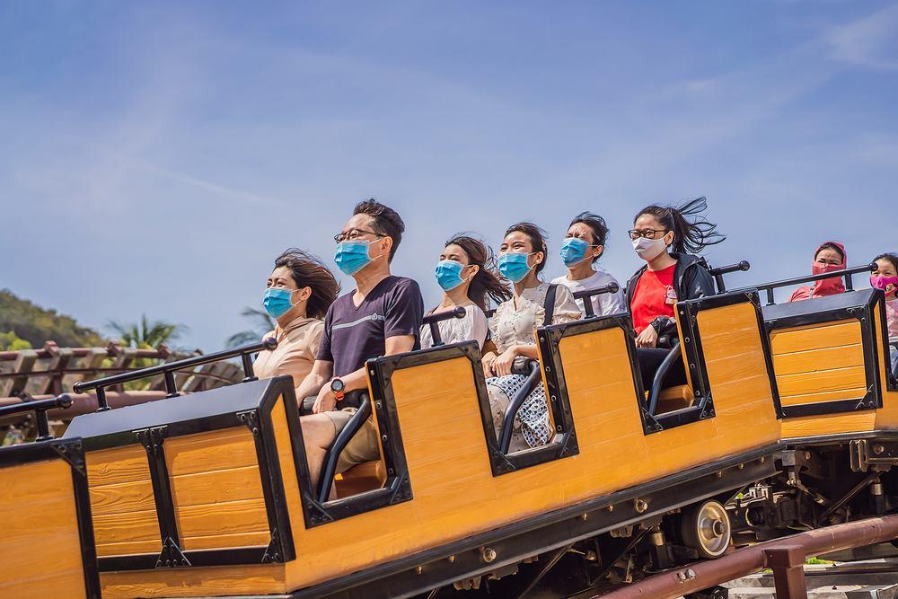 Wietnamczycy w parku rozrywki