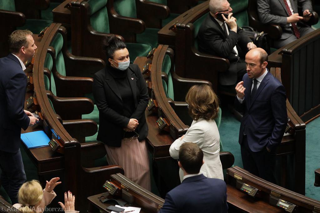 6 dzień 11 Posiedzenia Sejmu IX Kadencji