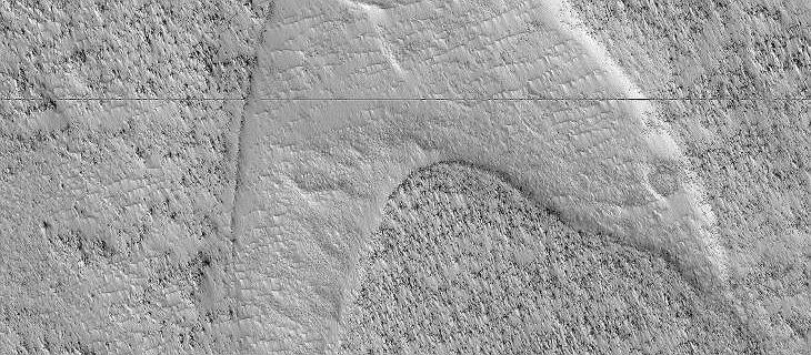 Logo Star Treka odkryte na Marsie. NASA uspokaja: to tylko efekt działania lawy