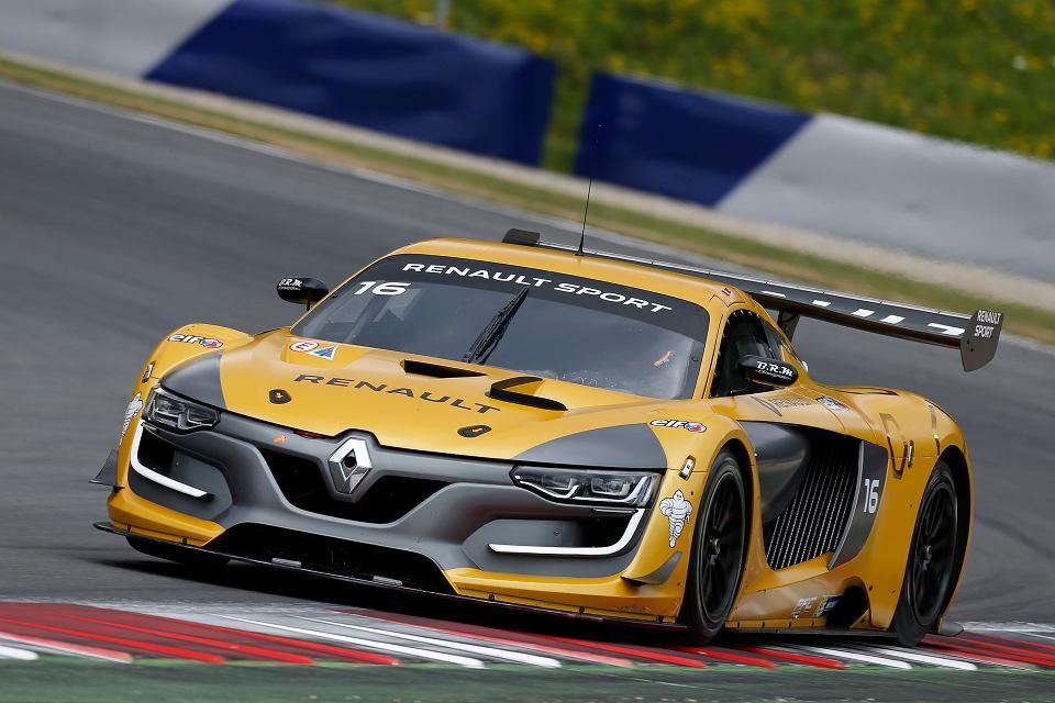 Robert Kubica wraca na tor. Tak ścigają się w Renault Sport Trophy [ZDJĘCIA]