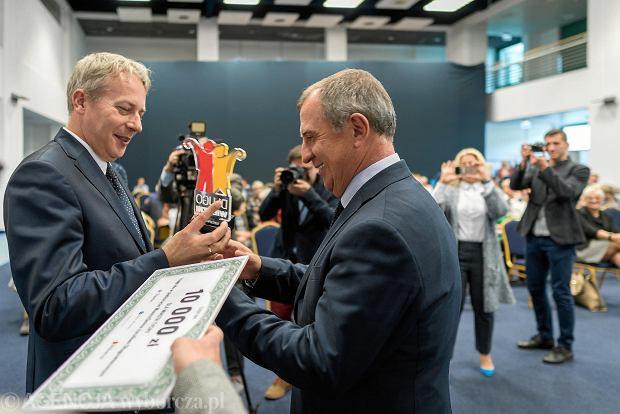 Nagrodę dla Tychów odbiera prezydent Andrzej Dziuba