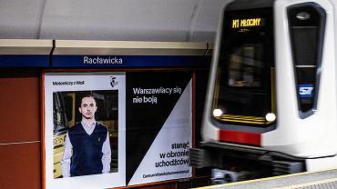 Kampania 'Warszawiacy się nie boją' w stołecznym metrze