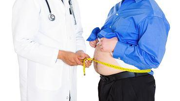 Cukrzyca typu 2 ma bezpośredni związek z otyłością. Znacznie częściej rozwija się także u osób z nadciśnieniem tętniczym czy chorujących na serce