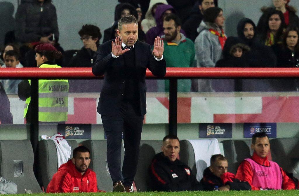 Jerzy Brzęczek podczas meczu Portugalia - Polska. Guimaraes, 20 listopada 2018