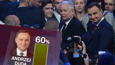 """""""Wiadomości"""" wyemitowały materiał o poparciu dla Andrzeja Dudy"""