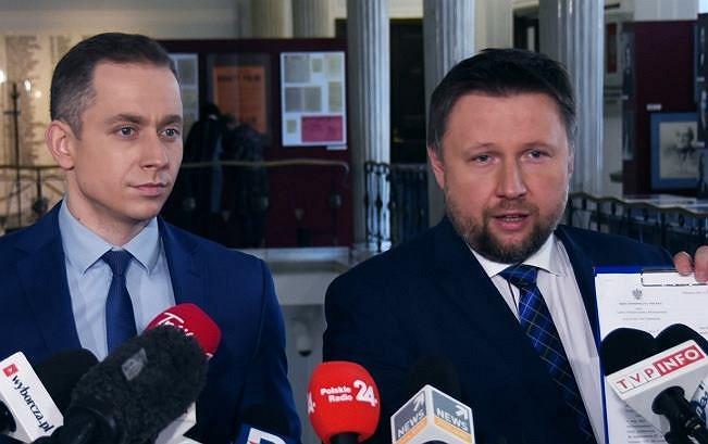 Posłowie PO Marcin Kierwiński i Cezary Tomczyk