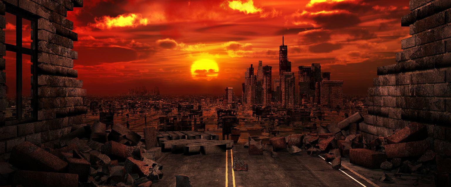 Maciej Jakubowiak: Apokalipsa to taka podstawowa opowieść o świecie: że jest uporządkowany, ma jakiś uchwytny początek i koniec. A na tym końcu dobrzy zostaną nagrodzeni, a źli ukarani (Fot. Shutterstock.com)
