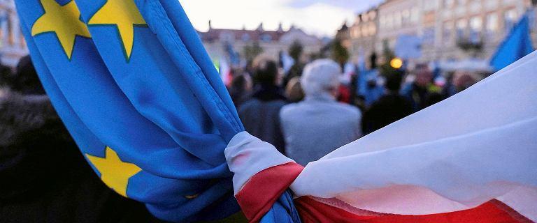 """""""Rz"""": UE szykuje kompromis z Polską ws. KPO. Będą negocjacje z Morawieckim"""