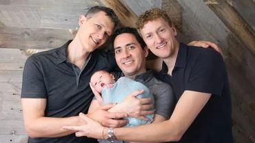 Trzech ojców z USA w akcie urodzenia dzieci